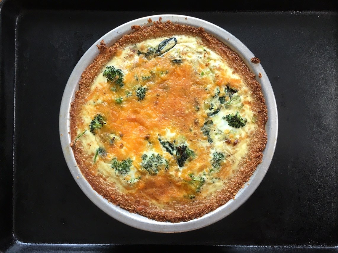 quiche with quinoa crust